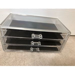 Acrylic MakeUp or Beauty Organizer Drawers.